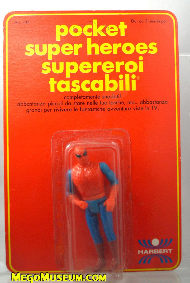 Mego Pocket Superheroes Red Card Spider-Man on Italian card