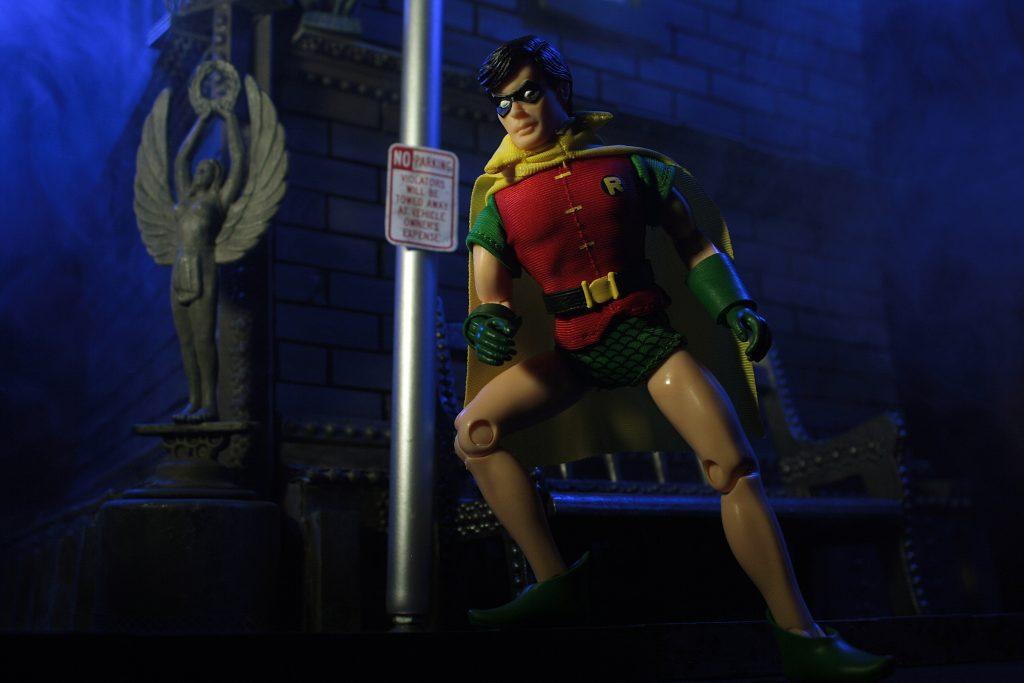"Mego 8"" Robin 2021"