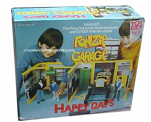 Mego Fonzie's Garage Playset