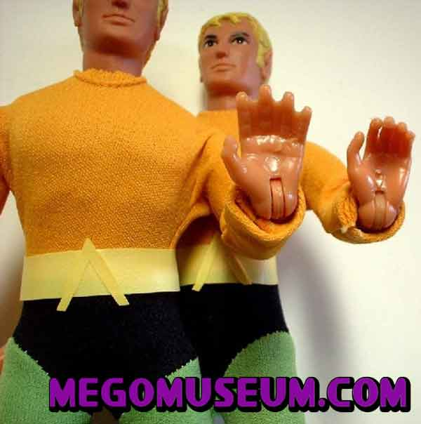 web handed Aquaman